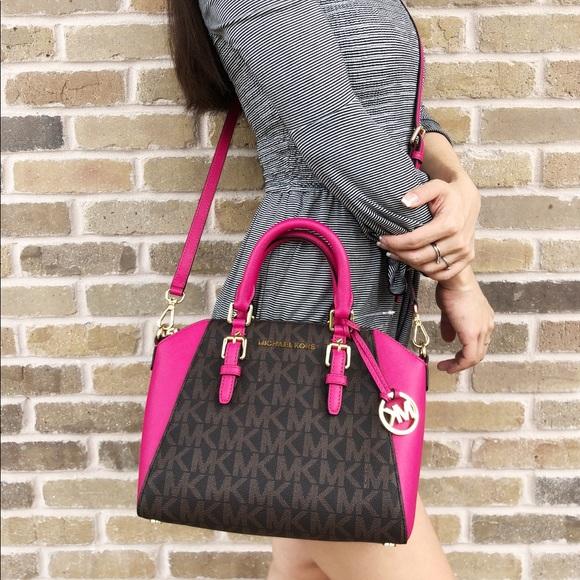 e2e2091cfc914a Michael Kors Bags | Medium Ciara Top Zip Crossbody Pink | Poshmark
